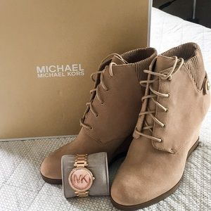 Michael Kors wedge